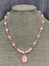 Load image into Gallery viewer, Rose Quartz & Sterling Silver Necklace