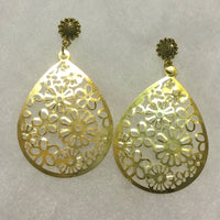 Gold flower teardrop earrings
