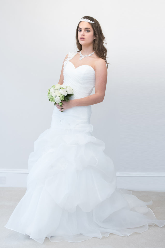 Elegant Tulle & Satin Mermaid/Fishtail with One Shoulder Bridal Gown
