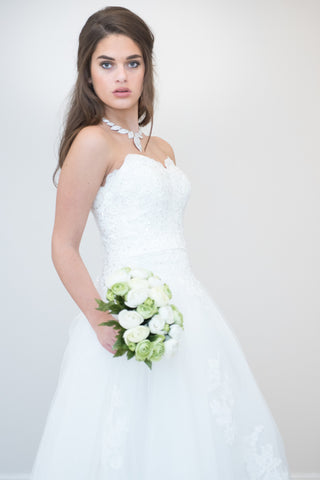 Alluring Tulle & Organza A-line with Sweetheart Neckline and Raised Waistline with lace detailing Wedding Dress