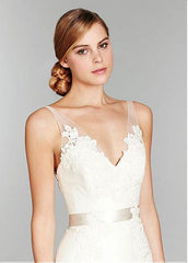 Surrey Wedding Shop Tulle & Satin Trumpet V-neck Neckline Wedding Dress - The Wedding LookBook front bodice view