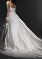 Elegant Taffeta A-line Sweetheart Neckline Wedding Dress - The Wedding LookBook