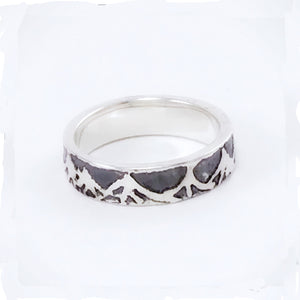 Mountain scene wedding bands