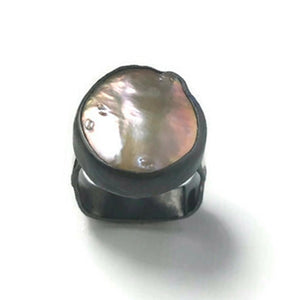 Exquisite Baroque Pearl Etched Leaf Square Band Sterling Silver Ring