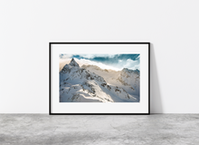 Load image into Gallery viewer, Mountain light
