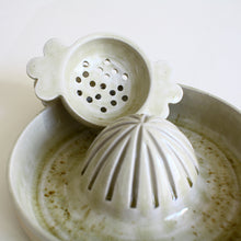 Load image into Gallery viewer, Citrus juicer and strainer set ash glaze