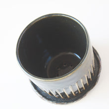 Load image into Gallery viewer, Fluted Planter Pot