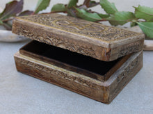 Load image into Gallery viewer, Hand Carved Pentagram Star Wooden Box Keepsake Jewelry Storage