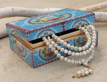 Load image into Gallery viewer, Tibetan Buddhist Lotus Seed Mala Prayer 108 Beads With Free Wooden Mandala Box