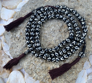 Tibetan Zig Zag DZI 108 Bone Beads Mala With Counter Meditation and Yoga