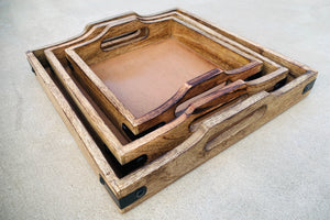 Set of 3 Nesting Country Style Wooden Serving Trays