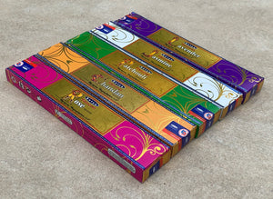 Satya Natural - Set of 5 With Burner - Lavender, Jasmine, Chanda, Rose and Patchouli 15 Grams