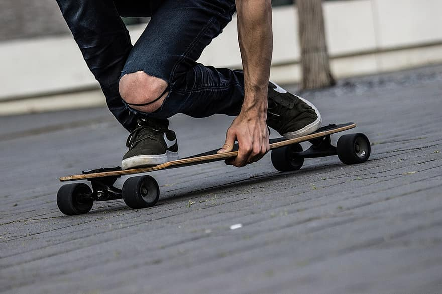 4 styles of longboard and how to do them