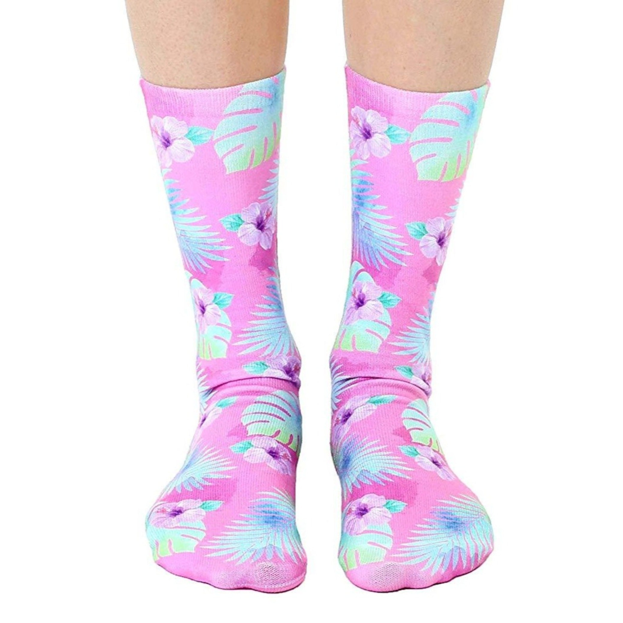 Living Royal pink hibiscus crew socks