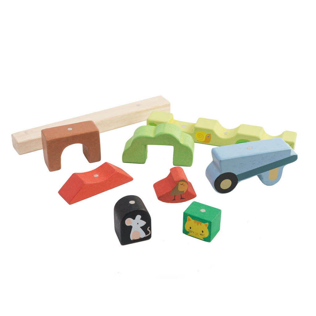 Tender Leaf Toys Garden Magnetic Puzzle pieces