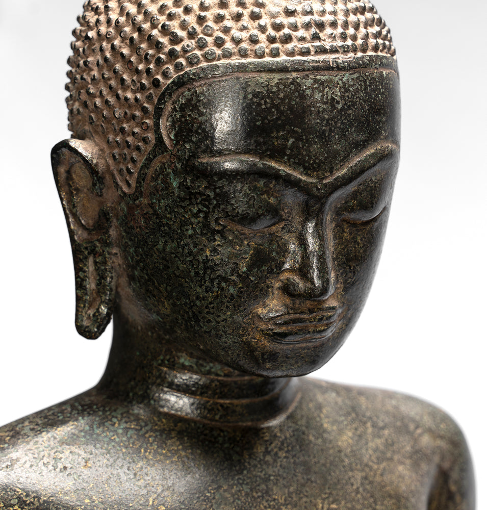 What Does Having a Buddha Statue Mean?