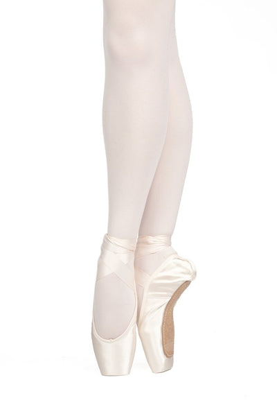Rubin U-CUT – Pointe Shoes with Drawstring