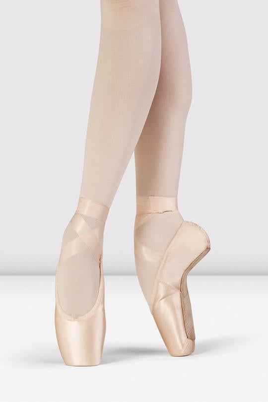 Grace Pointe Shoe