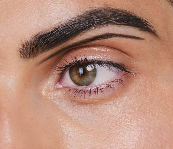 Comment maquiller ses sourcils au naturel