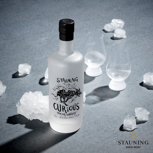 Stauning Curious neat ice
