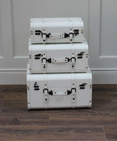 Vintage Luggage Display Set White