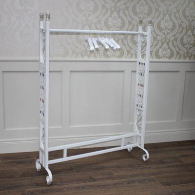 White single bar gondola / Out of stock