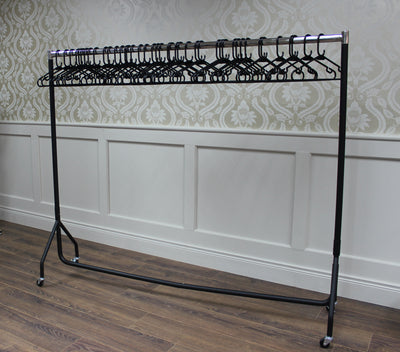 ** Special Offer** 6ft Garment Rail & 40 Hangers Only €69.95