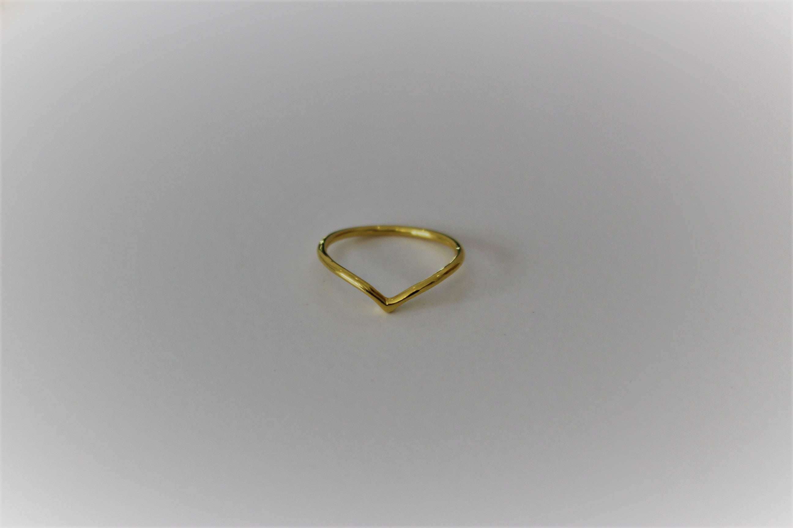 Shallow V Stacking Ring