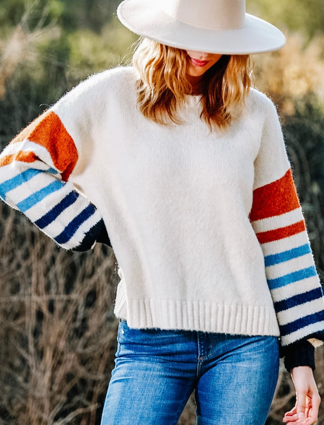 Color sleeve Sweater