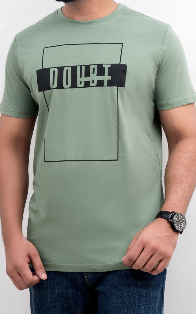 H/S GRAPHIC TEE - HEDGE GREEN