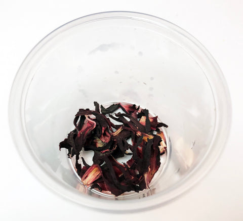 Making natural paints with Dried hibiscus flowers