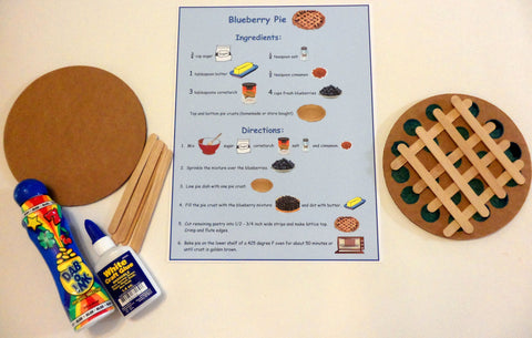 Blueberry pie art - Blueberries For Sal by Robert McCloskey - Ivy Kids subscription box activities.
