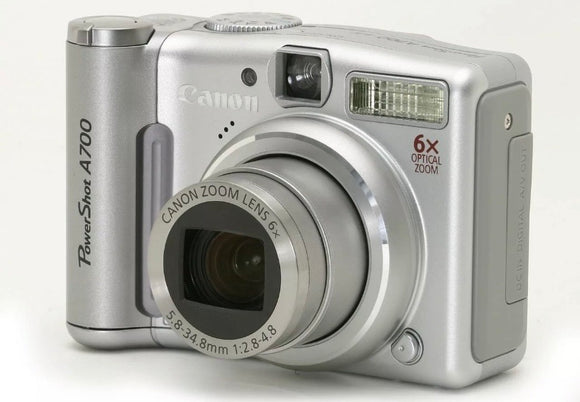 "CANON PowerShot A700 Digital Camera. 6MP, 6x Optical Zoom, 2.5"" LCD - Silver (Used-VGC-Boxed)"