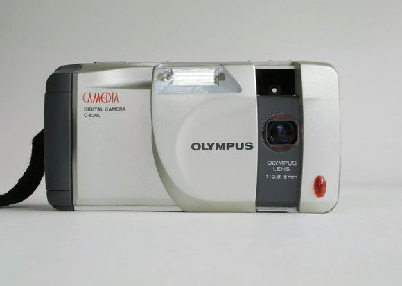 OLYMPUS CAMEDIA C-820L Vintage Digital Camera - Silver (Used-Like New-Boxed)