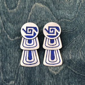 Ximalli post earrings with Blue