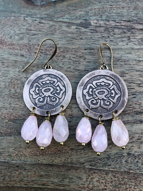 Bronze Xóchitl & rose quartz Earrings