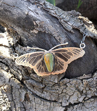 Load image into Gallery viewer, Vuelo de la Mariposa : Necklace