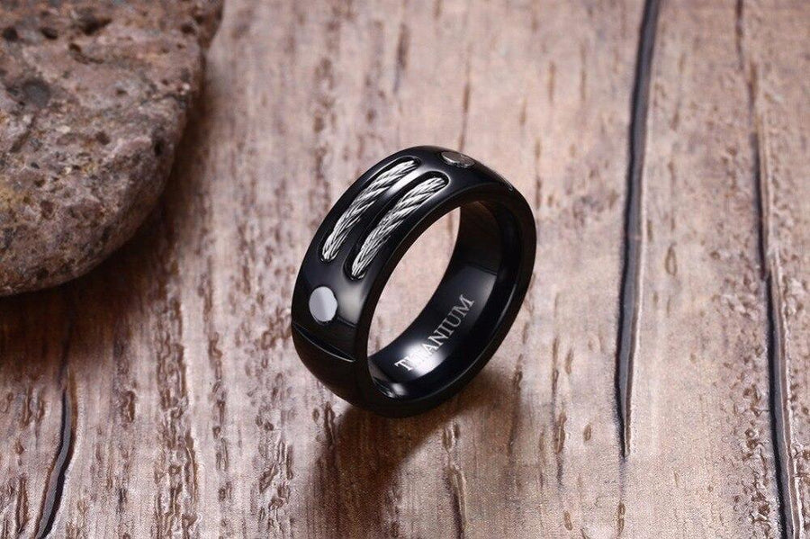 Stylish Black Ring - Vincere