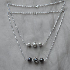 simple 3 pearl necklace