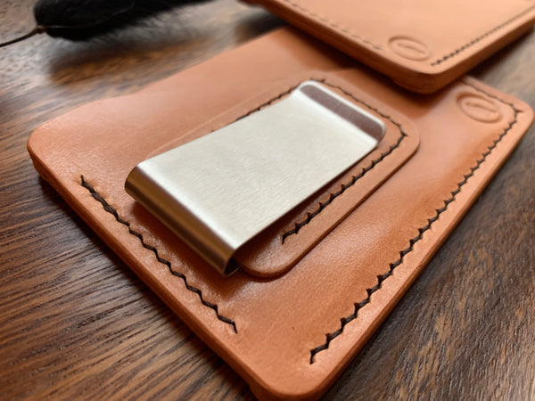 Russet Cutlass Cardholder with Money Clip - The Crow's Court
