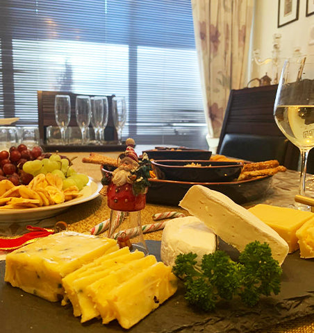An assorted cheese platter made in Delhi NCR at best prices