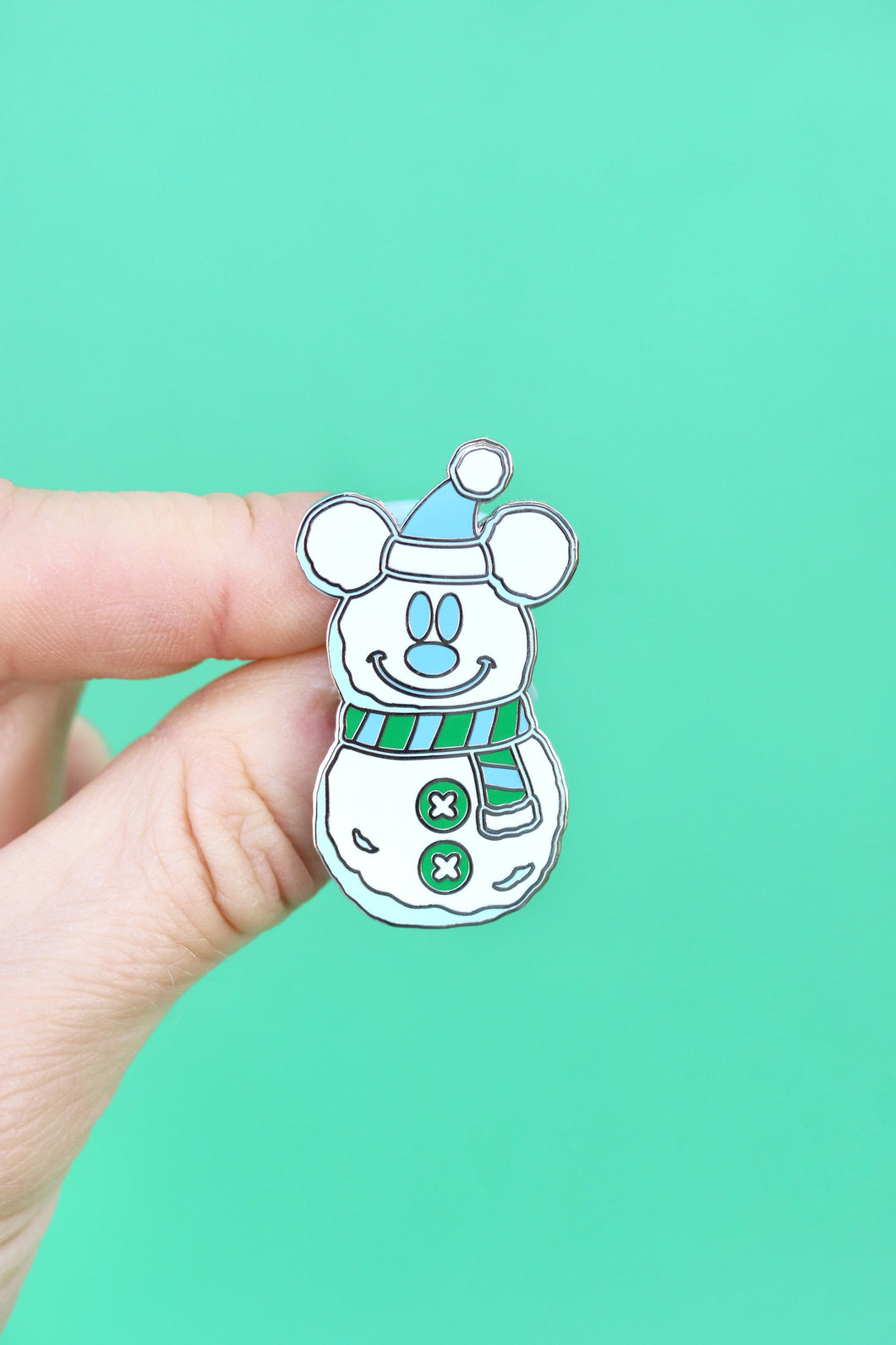 Snow Mouse Cutie Pin!