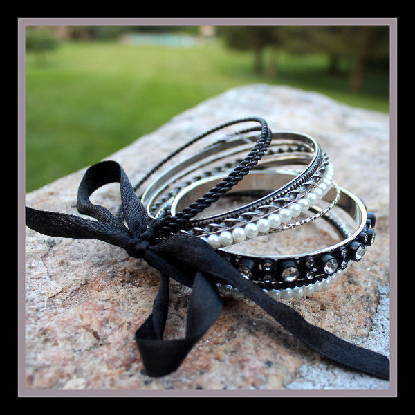 Black & White Bangle Bracelet