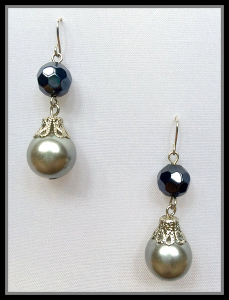 Black & Silver Pearl Earrings