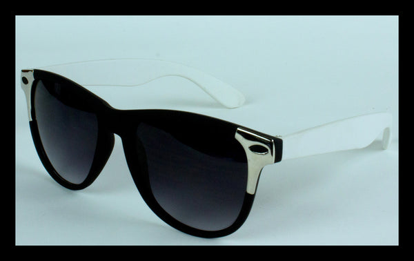 Black & White Wayfarers