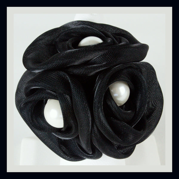 Black Triple Rose Ring