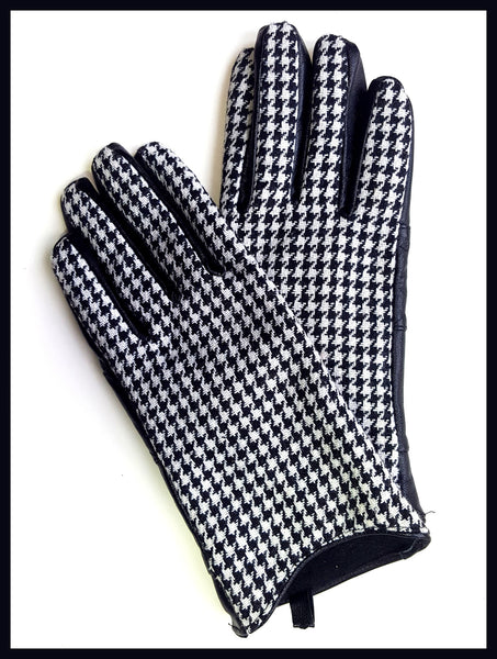 Black & White Houndstooth Gloves Size Medium