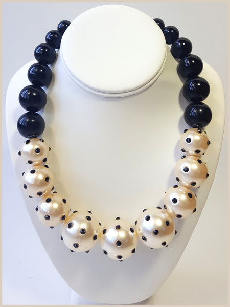Black & Cream Pearl Necklace