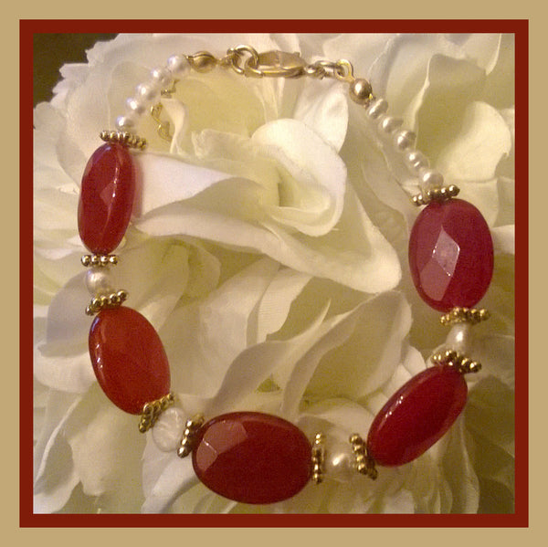Cranberry Stone & Fresh Water Pearl Bracelet