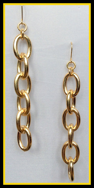 Gold Chain-Link Earrings